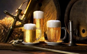 beer_on_tap_foam_delicious_cold_mugs_glasses_2560x1600