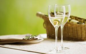 вино белое сухо